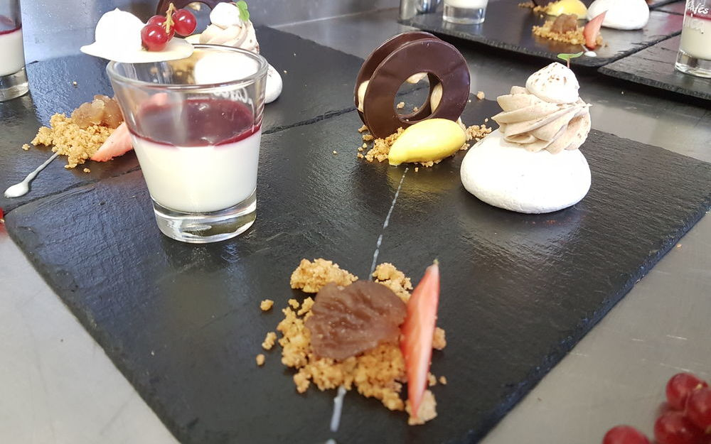 Assiette gourmande des desserts actuels